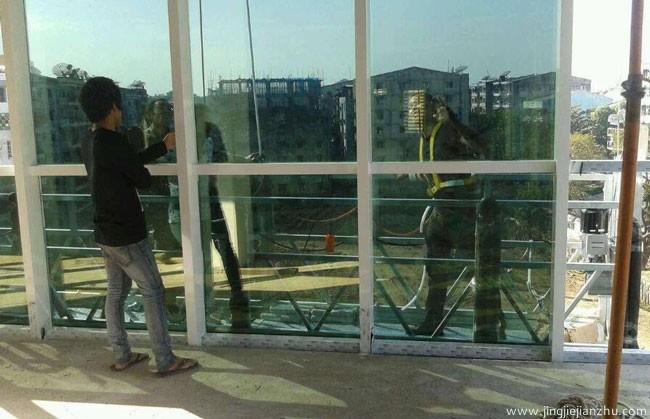 玻璃幕墙防渗如何处理