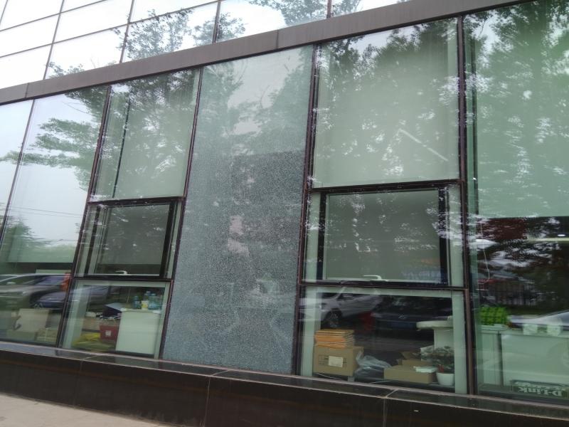 隐框玻璃幕墙维修 玻璃更换 玻璃维修